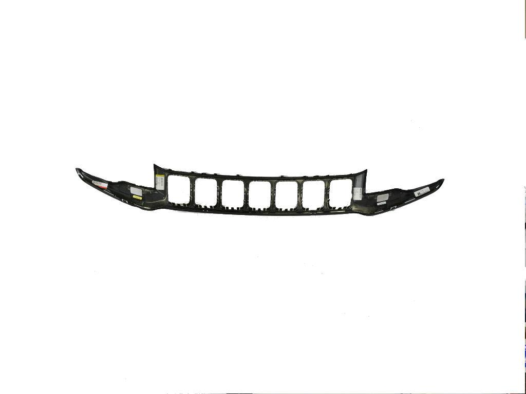 Jeep Grand Cherokee Grille  Radiator   Front Fascias Parts